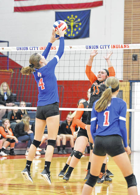 Union City gets a block against Ansonia.