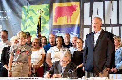 State Senator Steve Huffman was on-hand as Governor Mike DeWine signed his legislation clarifying that hemp products can be sold in Ohio.