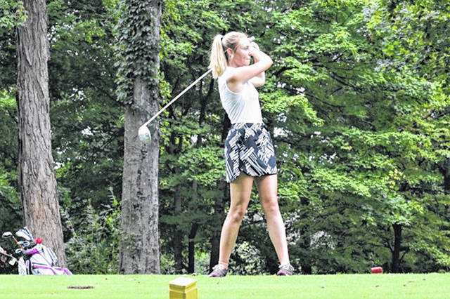 Lady Wave golf team gets another win at Turtle Creek, downing the visiting West Carrollton Lady Pirates.