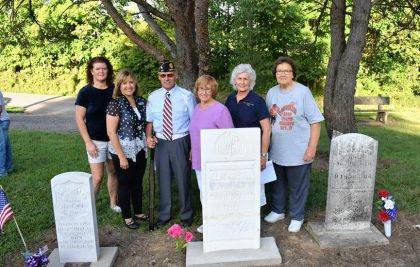 Descendents of David Ward joined Fort GreeneVille Chapter Daughters of the American Revolution for a dedication of Ward's gravesite marker.