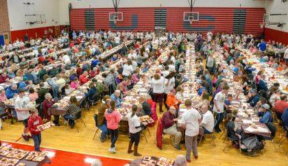 Approximately 1,000 Union City community members attended the annual Thanksgiving Dinner hosted by Wesley United Methodist Church.