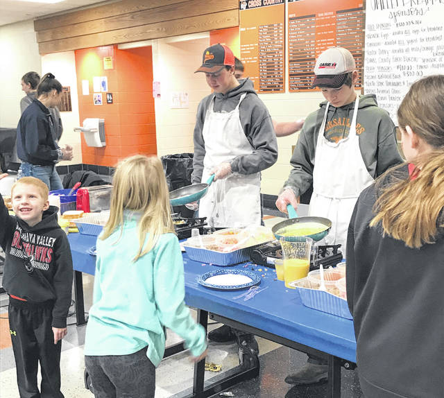 More than 600 guests enjoyed made to order omelets as part of the breakfast, cooked by FFA members and alumni, a special thanks to Weaver Eggs for supplying the eggs.