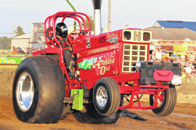 A Super Stock Tractor makes its way down the track at the Ohio State Summer Shootout.
