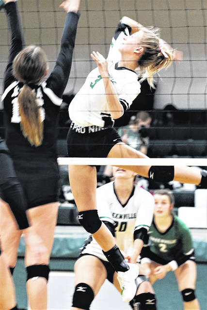 Kaitlyn Gonzalez slams a kill for the Lady Wave in MVL play.