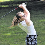 Lady Wave golf advances to Districts