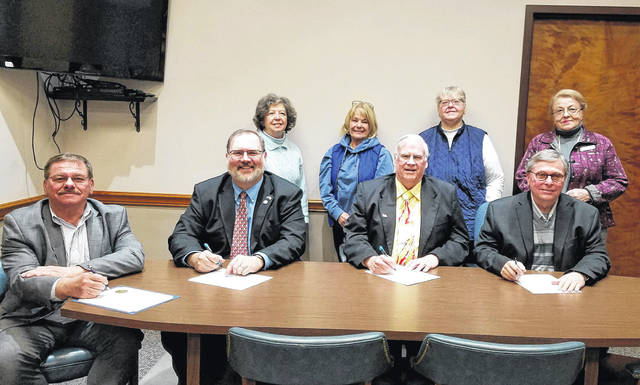 Member of the Fort GreeneVille DAR attended the proclamation signing. Back row (L to R): Linda Riley, Kathy Bowen, Regent Brenda Arnett and Karen Burkett. Front row (L to R): Greenville Mayor Steve Willman, and County Commissioners Matt Aultman, Mike Stegall, and Larry Holmes.