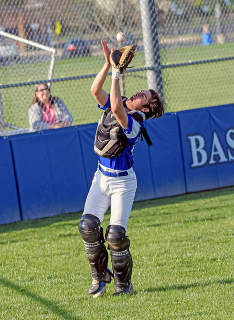 Franklin Monroe catcher Gave Sargent makes a catch for the Jets in win over TVS.