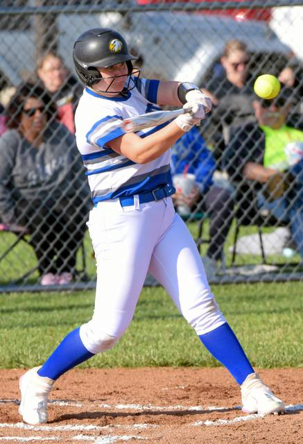 Jocelyn Gray paces the Franklin Monroe Lady Jets at the plate going 2-3 with a triple and a double and 5 rbi