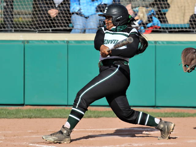 Nyesha Wright goes 3-4 with a homer, 4-RBI's and 2-runs scored in Lady Wave's 15-4 win over Tippecanoe.