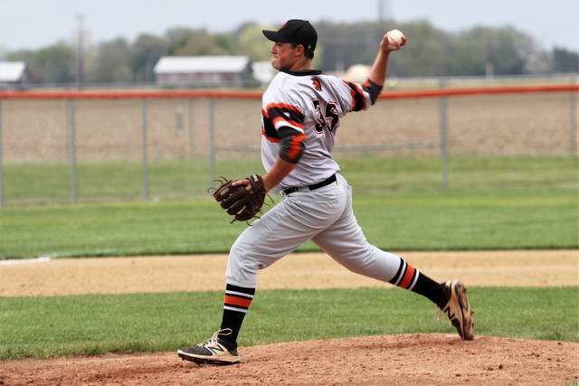 Brody Williams pitches for Arcanum in Monday night CCC matchup with Covington.