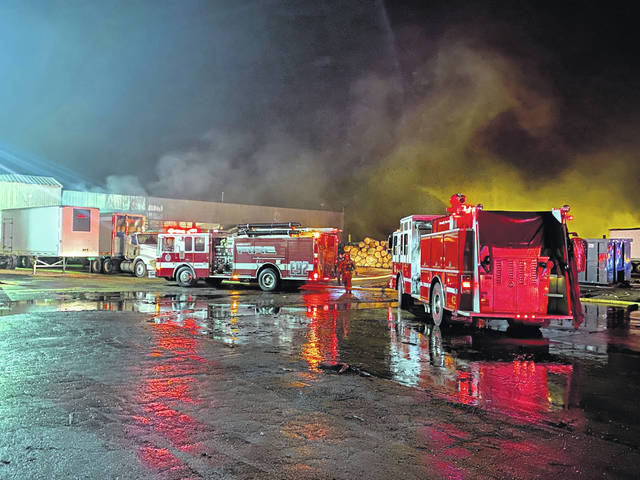 Multiple agencies responded to the scene of a blaze at Frank Miller Lumber Company in Union City, Ind. early Wednesday. There were no injuries reported.