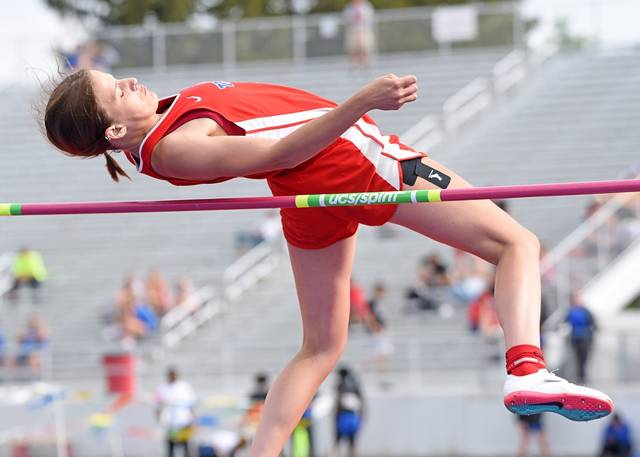 Tri-Village Maria Petry advances to state in the high jump with a 4th place Regional finish.