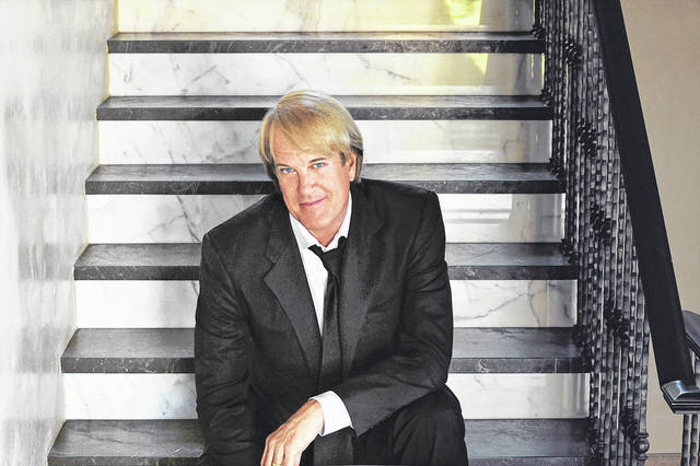 <strong>John Tesh's Grand Piano Christmas at Edison State will feature holiday favorites with Tesh's signature style.</strong>