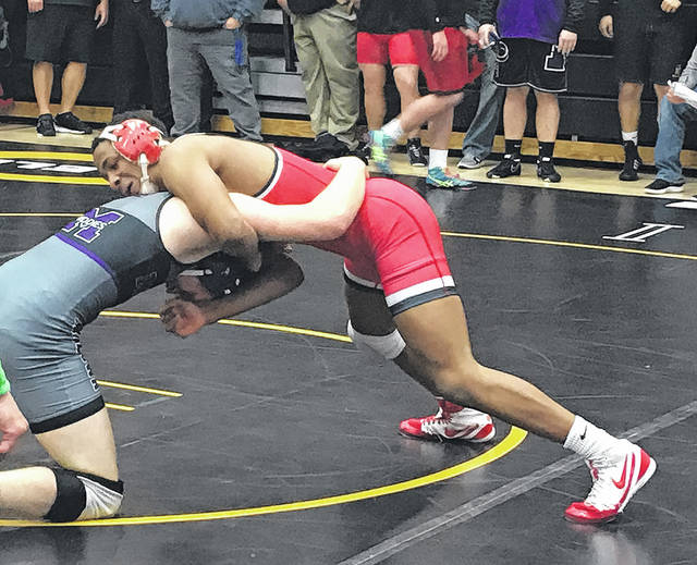 <strong>Jaden Hardrick scored a 16-3 major decision against Jacob Truxall of Middletown at the sectional tournament.</strong>