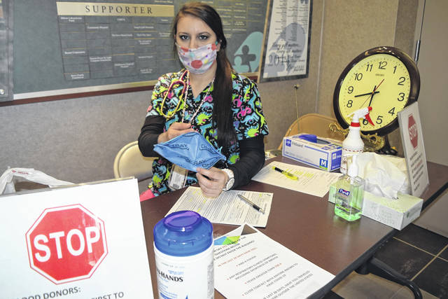 <strong>Community Blood Center is urging donors to wear face masks at blood drives.</strong>