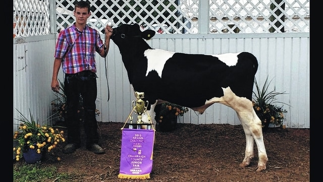 Jonathan Harsh, grand champion dairy feeder