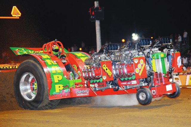 "Chuck Knapp of Charles City, Iowa, just wrapped up his first NTPA Grand National title with ""Screamin' D"" which is powered by four supercharged Hemis and will be competing in the upcoming Enderle Pull-Off on Saturday, Sept. 19 at the Champaign County Fairgrounds."