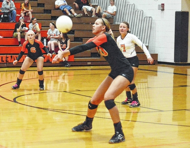WL-S senior Jamie Peterson (pictured) will sign a letter of intent to play volleyball at the University of Dayton.