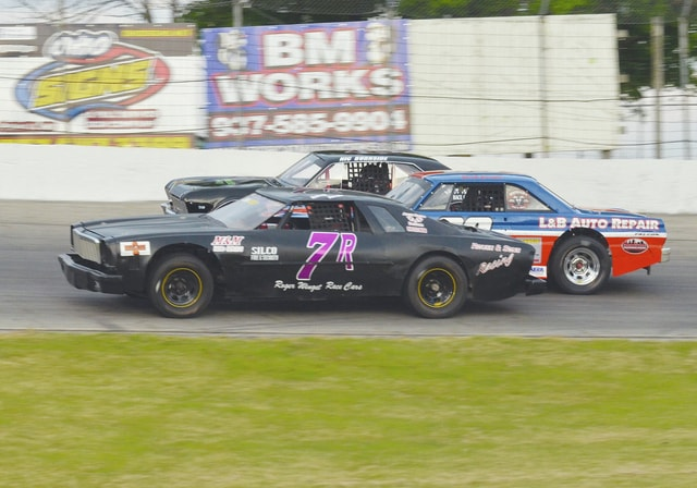 The street stocks will run for at least $1,051 in the Neal Sceva Memorial on Saturday at Shady Bowl Speedway.