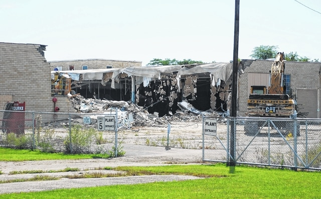 Siemens Energy & Automation is razing its former Urbana plant at 145 Dellinger Road. The demolition is being performed by the O'Rourke Wrecking Company, Cincinnati.