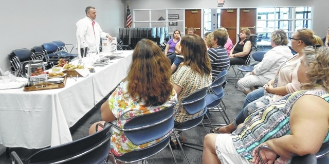 "On Sept. 6, Chef and General Manager David Bailey from Williams-Sonoma in Jeffersonville presented a demonstration on ""Easy Ways to Step Up Your Food Presentations"" to the Champaign County 4-H Family and Consumer Sciences Committee and the 4-H Food, Fashion and Creative Arts Board. The attendees gained knowledge that they will be able pass on to their 4-H club members to aid them in their food and nutrition project work and judging experiences."