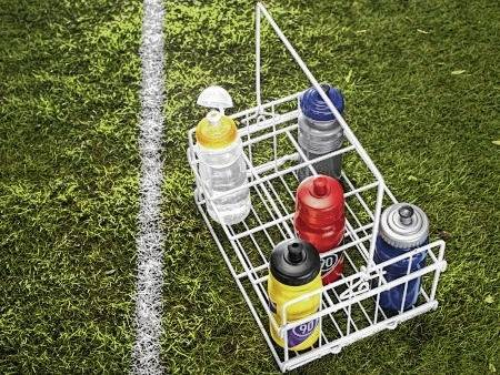 Bacteria can hide in unwashed water bottles. How much bacteria depends on the type of bottle and its material.
