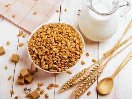 "The Centers for Disease Control and Prevention issued a warning recently advising consumers ""do not eat any Kellogg's Honey Smacks cereal because it has been linked to a multistate outbreak of Salmonella infections."""