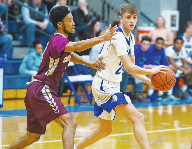 UU's Ethan Snapp (pictured) scored 15 points in Saturday's loss to visiting Concord.