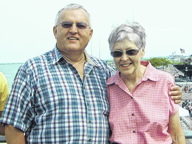 Mr. and Mrs. Larry Wendling