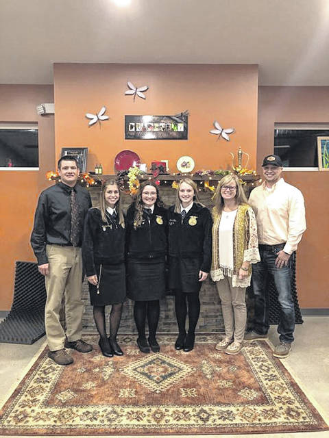 From left are Greg Johnson, Adalyn Caudill, Alyssa Alford, Camrin Rice, Trista Havens and Levi Woodruff.