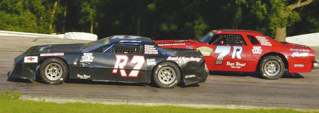 The Roush brothers Richard (R7) and Rodney (7R) battle in street stock action. Rodney is an eight-time champion and currently leads the points. Brother Richard is fifth in points. Both will be in action Saturday night at Shady Bowl.