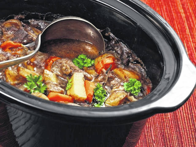 Slow cookers save money and are convenient, however, there are some precautions you should take to ensure that the meals you cook are both safe and nutritious to eat.