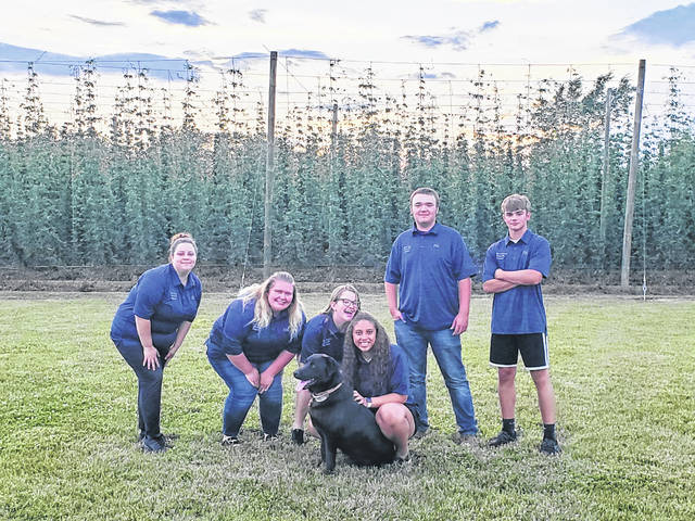Pictured left to right are Marah Kerns, McKayla Mills, Faith Denkewalter, Kendra Baccus, Nathan Deere and Jonathan Hildebrand.