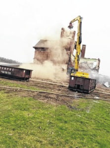 Bits and pieces: Old Bellville school buiding coming down