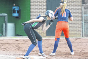 Lady Tigers stay hot, sweep previously unbeaten Clear Fork