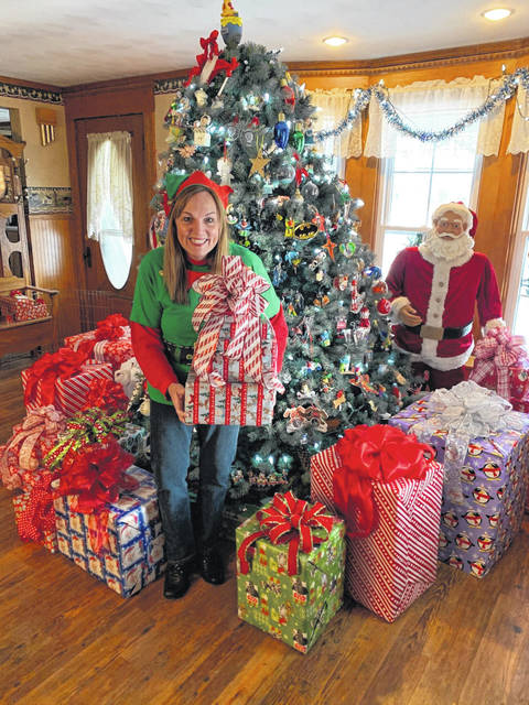 Photo by Jodi Myers  Mary Flohr, who lives on Ohio 19 west of Galion, moved into her home in 2004. And since then, her passion for holiday decorating — inside and out — has grown each year