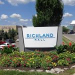 Richland Mall stores opening for business