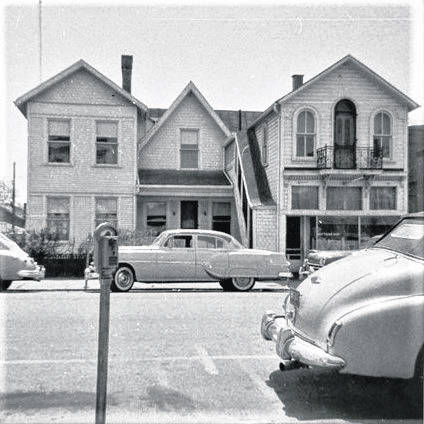 This is the Lee house as it looked in 1958. The dwelling was soon razed to make room for an A&P at that location.