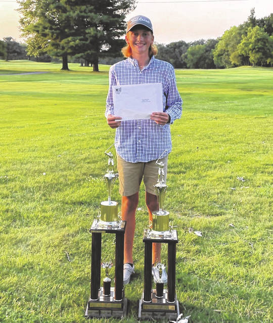 Galion's Logan Keller won the 2021 HOJGA Player of The Year and Scoring Average Leader awards in the boys 13-15 age division. He was presented a trophy for each accomplishment. Keller also received a $750 scholarship from HOJGA.