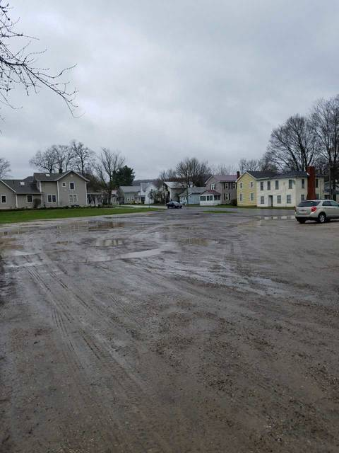 This is the lot at the corner of Main Street and Durbin Avenue in downtown Bellville, where Jim Hill is proposing a new structure. Louise Swartzwalder | Bellville Star
