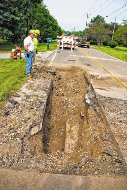 A sinkhole was discovered Sunday evening in the area of 3322 E. Powell Road located west of Bale Kenyon Road and east of Walker Wood Boulevard. Crews from the county engineer's office began excavation of the sinkhole Monday morning to make repairs. The road re-opened around 3 p.m. Monday.