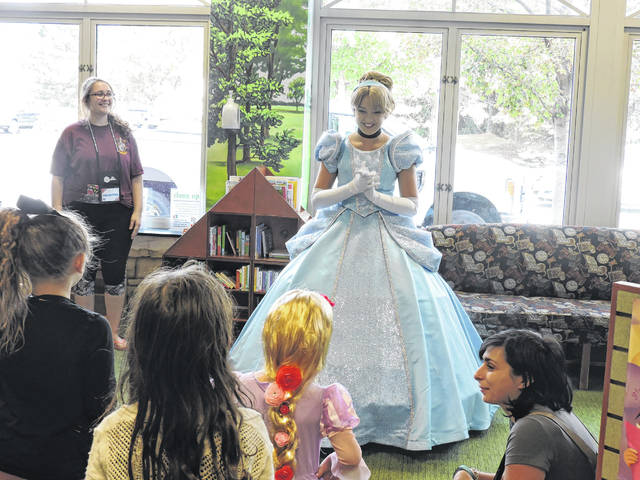 Cinderella speaks to children during the second annual Great GeekFest in 2017. The third annual Great GeekFest will be held Saturday from 10 a.m. to 5 p.m. More details about the event can be found on the library's website.