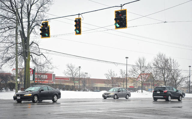 According to a recent study presented to the Delaware County Board of Commissioners, between Coover Road and I-270, there are 35 traffic lights that a motorist traveling the highway will encounter. The light in the photo is located at U.S. Route 23 and Meadow Park Avenue, just north of Powell Road.