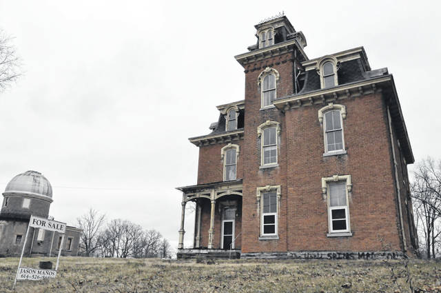 Jim Manos, owner of the historic Perkins House at 235 W. William St. in Delaware, has decided not to move forward with his plans to construct a hotel as an addition to the historic home near the Ohio Wesleyan University campus.