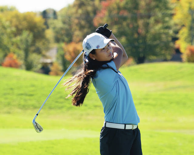 Olentangy Berlin freshman Mia Raines follows a shot during last week's Division I district tournament at New Albany Links.