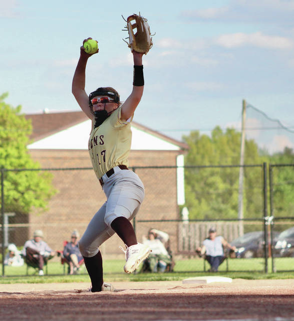 Buckeye Valley's Liz Hamilton fires a pitch toward home plate during Friday's non-league showdown against host Delaware Hayes.