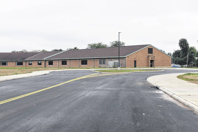 The new bus loop at Schultz Elementary School has a 12-bus capacity.