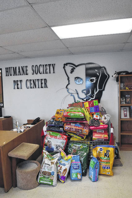 Not only did adoptees have the opportunity to come see the shelter they came from, but owners and community members alike brought donations for the animals in the shelter.