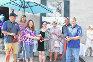 New consignment shop opens in Eaton