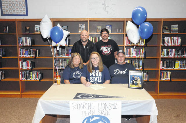 Preble Shawnee's Shelbie Brown (front middle) will play college basketball at Penn State-Fayette this coming season.